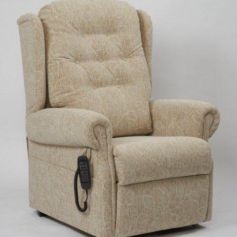 Petite Rise & Recline chair