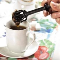 tea tool for the elderly