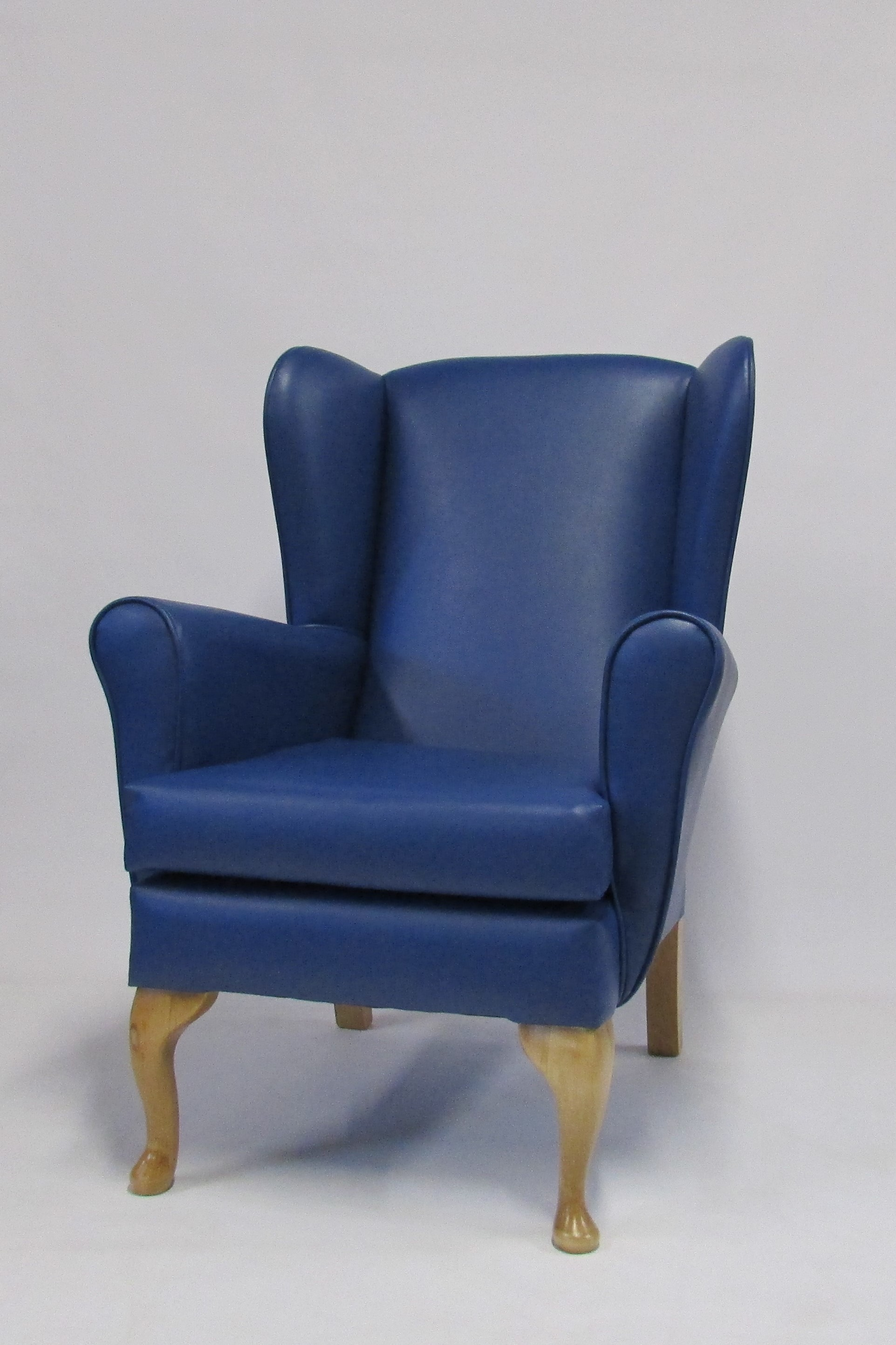 Cavendish Furniture Mobilitybronte High Seat Chair In Faux